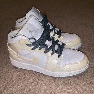 Air Jordan 1. Size 4.5y so 6 women's.